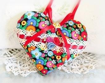 Valentine Heart Door Hanger Pillow, 5 inches, Bright Flowers Print,  Prim Primitive Cloth Handmade CharlotteStyle Decorative Folk Art