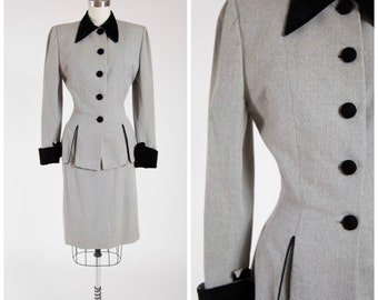 Vintage 1940s Dress • Swank Satisfaction • Grey Wool and Velvet Late 40s Suit by Designer Lilli Ann Size Small