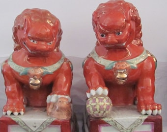 Vintage pair ceramic detailed ornate orange gold Foo Dog Lion Shi bookends Heavy Marked on bottom Very Colorful and Unique