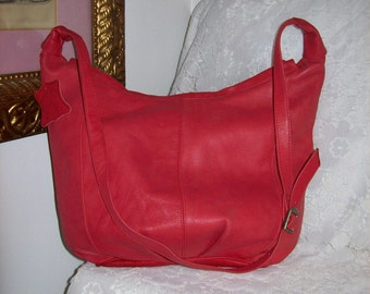 Vintage Ladies Red Leather Shoulder Bag by Empress Only 12 USD