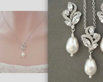 Pearl necklace ~ Brides necklace ~ AAA+ Cubic zirconias, Marquise, leaf cut pendant ~ Swarovski pearl necklace, Elegant, LILLY