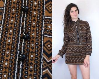 1960s 1970s Vintage Brown & Black Abstract Print Long Sleeve Sleeved LS Mini Dress w Mandarin Collar / Chevron Striped Geometric Pattern / S