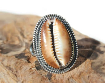 Hawaiian Tiger Cowry Shell Set in Sterling Silver Handcrafted Ring - Size 7.25