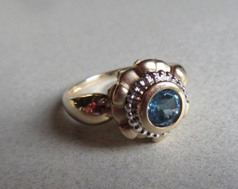 14k Gold Blue Topaz Cocktail Ring 6mm Stone 5.0 Grams Sz 8 1/2 Fine Estate Jewelry
