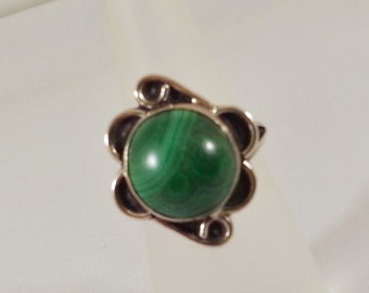 Vintage Handmade Sterling Silver Green Malachite Ring Native American 1970s Tracy B Designs Estate Jewelry Custom Design and Repair