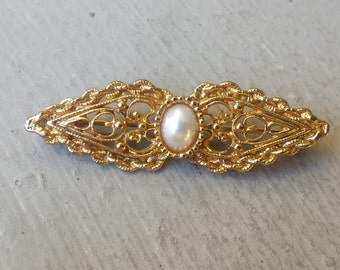 Victorian Revival White Pearl & Gold Tone Filigree Bar Bow Brooch Pin Wedding Dress Bride Blouse  Jewelry Jewellery Equestrian English Rider
