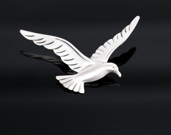Vintage Beau Sterling Silver Seagull Brooch