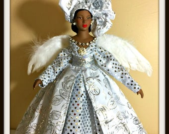 CHRISTMAS ANGEL Tree Topper, African American Tree Top Angel, Black Angel For the Tree, Handmade OOAK Porcelain Holiday Decoration