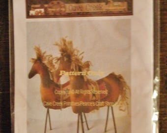 Primitive Horse Printed Pattern, Sewing Patterns, Animal Patterns
