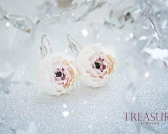 Handmade flower earrings with peonies, flower earrimgs, floral earrings, cute earrings, gift gor her, delicate earrings, beautiful earrings