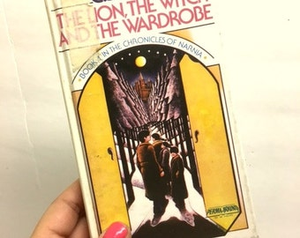 C.S. Lewis / The Lion, The Witch And The Wardrobe / Book 1 In The Chronicles Of Narnia / Hardcover Library Book / 1970