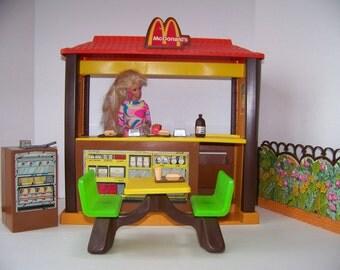 "Vintage McDonalds Barbie Restaurant 1982 ""Barbie Loves McDonalds Restaurant with Accessories""Vintage McDonalds Restaurant Toy.Barbie Vintage"