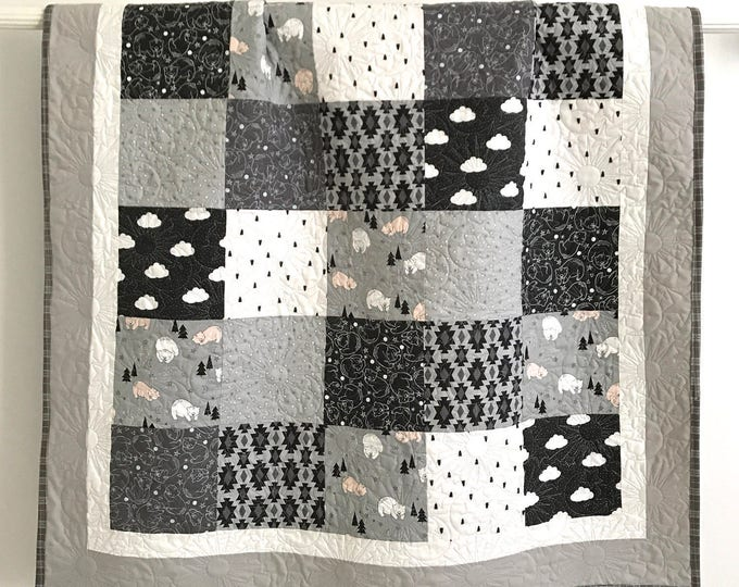patchwork baby boy quilt bonne nuit by camelot design studio grey black white