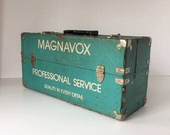 Magnavox Toolbox, Vintage Repairman's Toolbox, Tube Radio or TV Repair, Magnavox Professional Service, Turquoise Tool Box, Industrial Decor