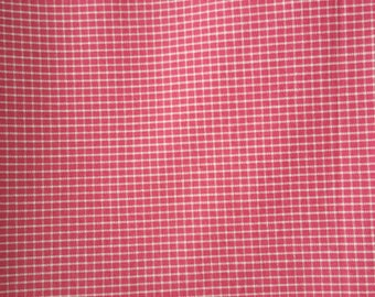 Hot pink with white windowpane check