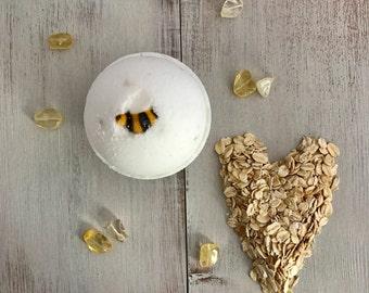 Oats & Honey Bath Bomb