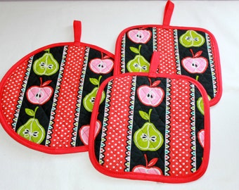Potholder Set of 3, Quilted Potholders, Red & Black Pot Holder Set, Potholders with Apples