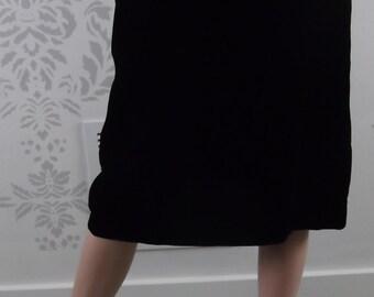 RETRO VELVET SKIRT 1960's Black Size Medium