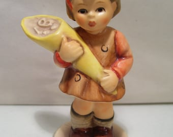 "Vintage M.I. Hummel Club A Sweet Offering 3"" Girl Porcelain Figurine, #549 3/0, 1992, TMK7, Goebel, Germany"