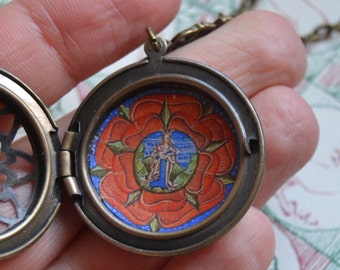 Medieval Virgin Mary locket necklace Medieval Art jewelry Breastfeeding mom necklace Virgin Mary necklace Gift for new mom
