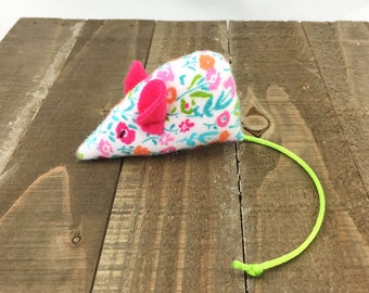 Spring flowers Mouse Cat Toy