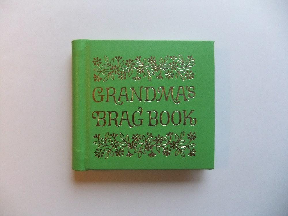 Vintage Photo Mini Album Grandmas Brag Book By C R Gibson Company