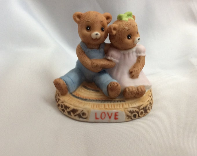 Honey Bears by Geo Z. Lefton Co 1983, LOVE bears, perfect for your Valentine, Honey Bears 03793