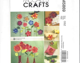 McCall's 5869 Pattern for Dimensional Flowers & Pin Cushions, FACTORY FOLDED, UNCUT, From 2009, Jennifer Lokey, Home Sewing Pattern, Crafts
