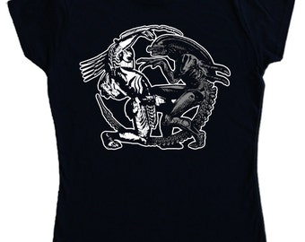 Ladies - ALIEN V PREDATOR T-shirt - sci fi movie film queen - Screen printed not transfer