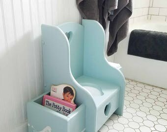 Vintage Potty Chair for Potty Training ~ Wooden ~ Farmhouse Cottage Chic Style