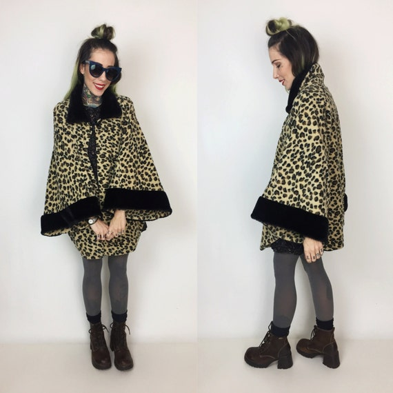 Leopard Print Fleece Poncho Cape Free Size - Printed Poncho Cape Cheetah Faux Fur Jacket Layer - Fur Trim Leopard Print Womens Poncho
