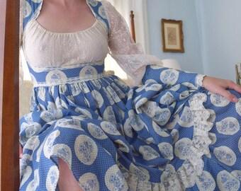 Gunne Sax Bouquet Cameo Lace Bustier Gown
