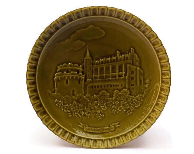 Vintage French Souvenir Ceramic Plate with Chateau of Amboise. Green Kitchen Décor.