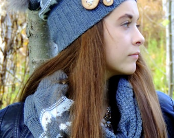 Set of slouchy hat and neck warmer made of recycled sweaters