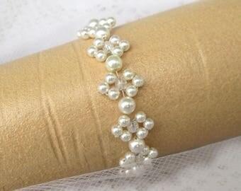Bridal jewelry bracelet wedding bridal bracelet white vintage wedding, pearl bracelet, pearls, pearls