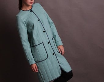 Coat mint in the Japanese style. Size 42 s.