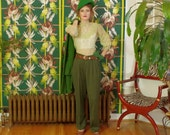 Sassy Retro Forest Green Slacks . Vintage 80s does 40's . WW2 Panache . High Waist Pleated Women's Pants . ever-so-soft Twill . size 12 .