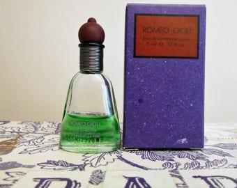 Romeo Gigli Uomo eau de toilette for men, 5 ml / 0.17 fl. oz. miniature bottle with box.