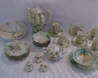 Beautiful Large Coffee and Dessert Set with a total of 34 Pieces