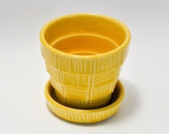 Yellow McCoy Pottery Basket Weave Planter Pot USA Vintage Home Decor Gardening
