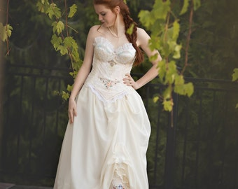 Vintage Ivory Lace Halter Wedding Dress