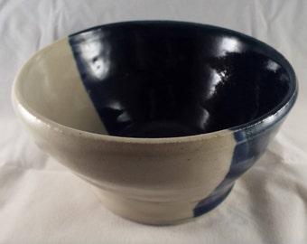 Small ceramic bowl (F)