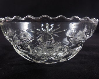 Small EAPC Bowl Anchor Hocking Early American Prescut Scalloped Edge Vintage Kitchen Glass Soup Salad Cereal Dip Salsa