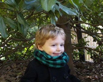 Baby - Green and Black Infinity Scarf