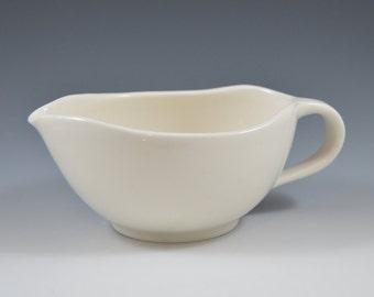 Gravy boat, a handmade porcelain, gravy bowl, perfect for, Salad dressing, sauce, creamer ready to ship