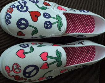 Adult Peace N Love Shoes
