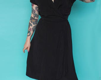 1940s Dress / 40s Wrap Dress / Black Crepe Day Dress