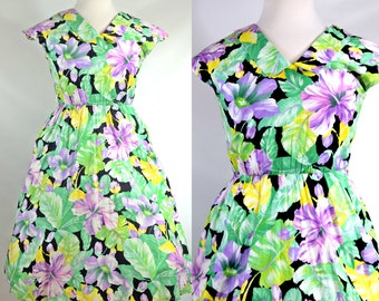 Vintage Garden Party Tropical Print Dress with Super Cute Collar and Capped Sleeves M-L