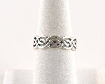 Size 8 Sterling Silver Weaved Filigree Ring