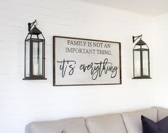 Family is not an important thing, it's everything wood sign. Rustic Sign. Farmhouse Decor. Family Sign. Rustic Decor. Housewarming Gift.